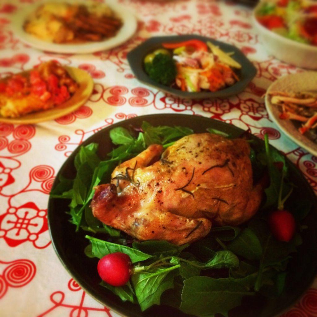 個人的に【今年のクリスマス皿】と呼んでいる「ベルベッ...