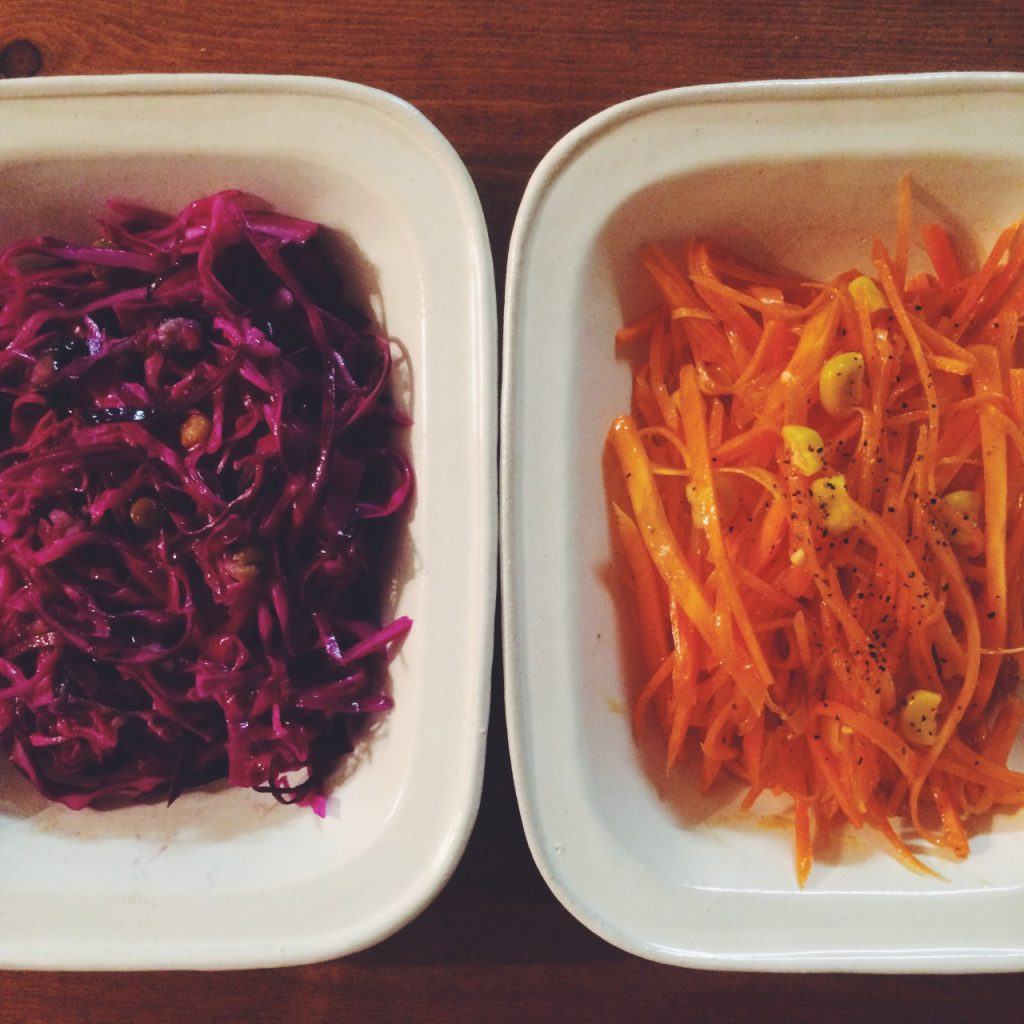 お気に入りのサラダを2種類作って「白い玉縁リム鉢・長...