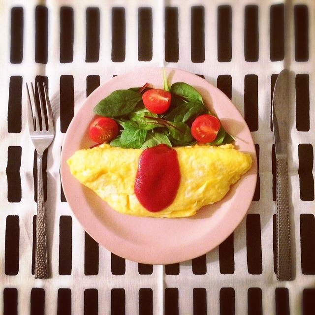 昨日の仕事中、シトロンの器を見ていて「明日の朝食はオ...