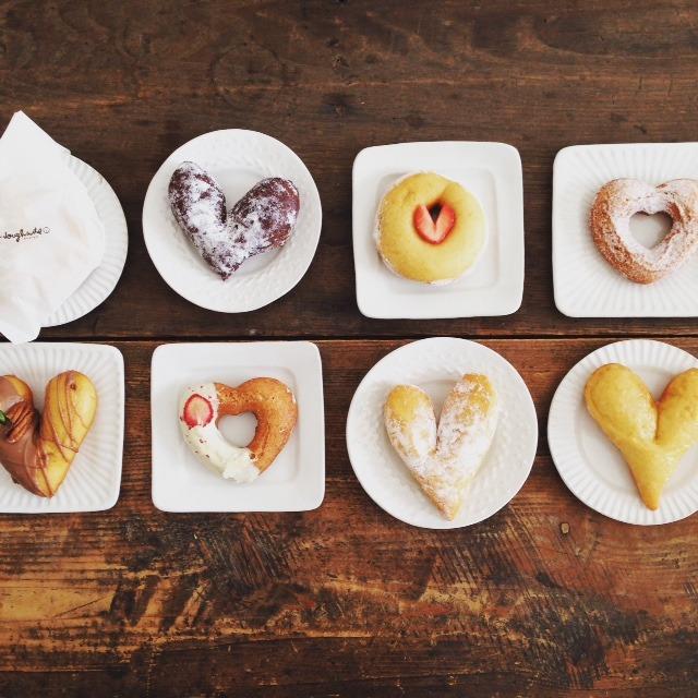 「dough-doughnuts(ドー・ドーナツ)」...