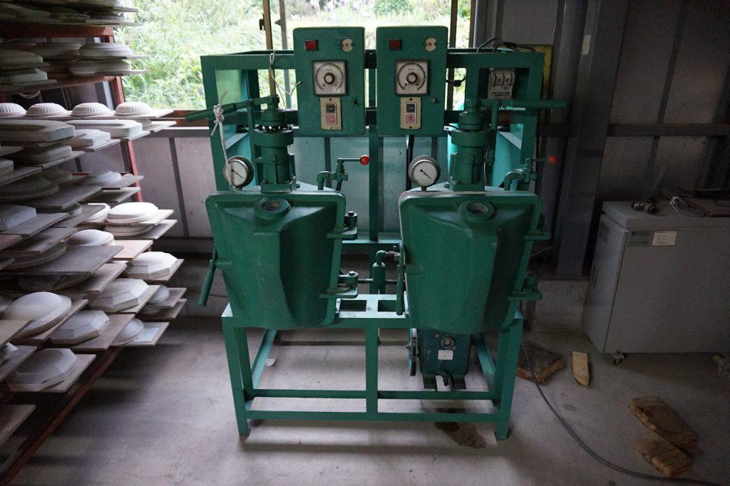 昨日届いた機械。数十年前に作られたものでほどよく使い...