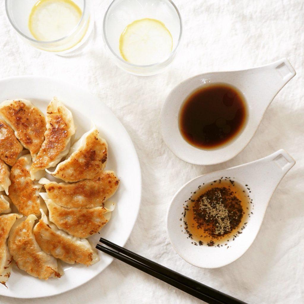 いつ食べても美味しい餃子。外に食べに行くことも多ければ、家で餃子を作ることもしばしば