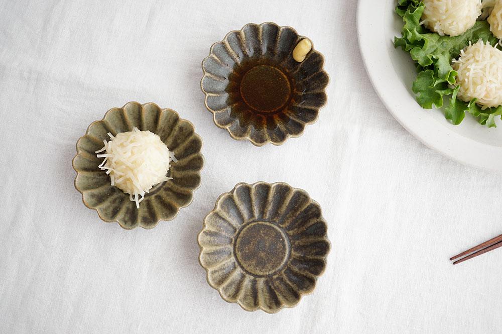 銅錆釉 マーガレット深小皿